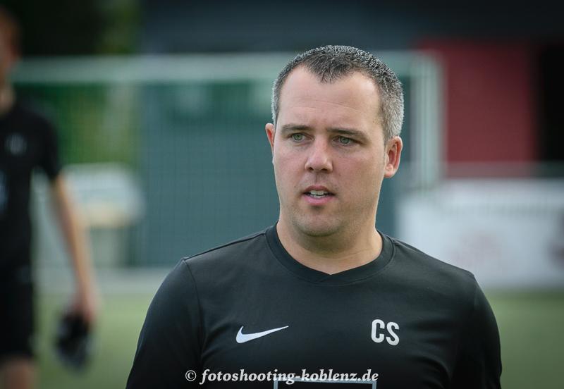 Co-Trainer Christian Schäfer gibt positives Feedback